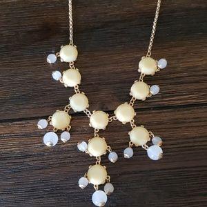 Jewelry - Cream statement necklace